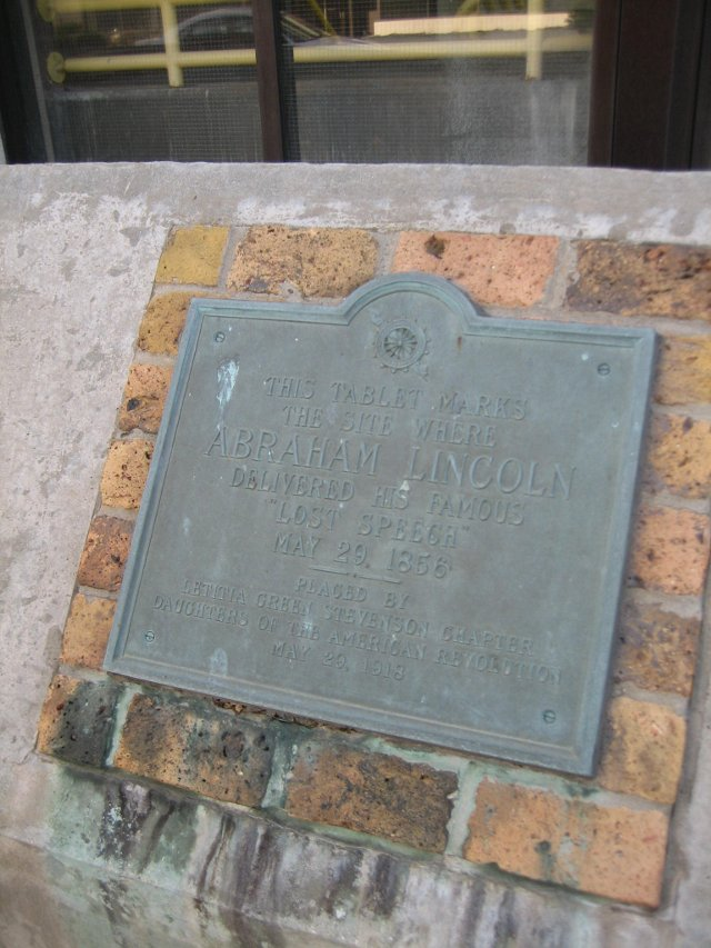 Bloomington_Il_Lost_Speech_site_plaque